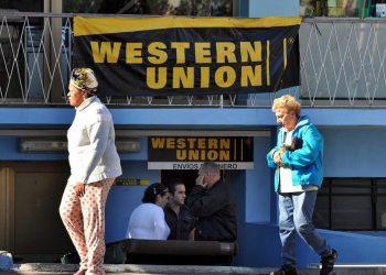 Oficina de Western Union en La Habana. Foto: EFE/Archivo.