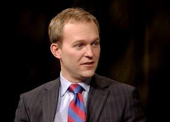 El representante Ben McAdams (D-Utah). Foto: PBS.