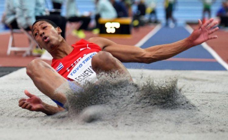 El saltador cubano Juan Miguel Echevarría. Foto: EFE / Archivo.