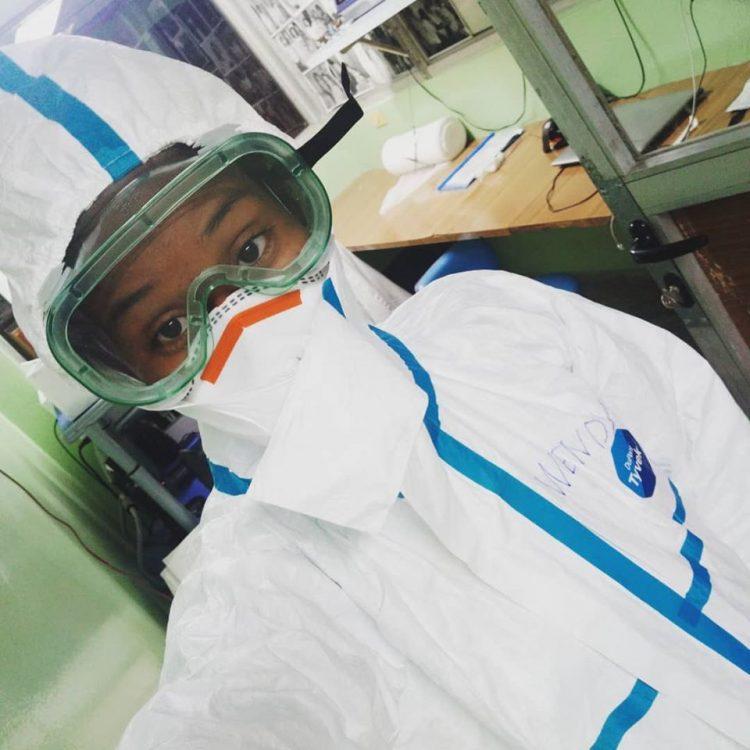Wendy Sierra Álvarez. 24 años. Laboratorista del IPK.  Ella estudia las muestras para determinar la infección por coronavirus. Foto: Tomada de su cuenta en Fb.