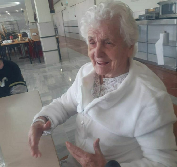 Ana del Valle, de 107 años de edad, sobrevivió la Gripe Española y ahora la Covid-19. Foto: cadenaser.com