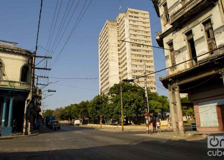 La Habana reportó ayer 33 nuevos casos. Cinco pertenecen al Cerro, donde fue tomada esta imagen. Foto: Otmaro Rodríguez.