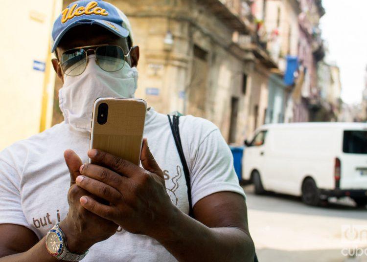 Etecsa extiende ofertas implementadas a causa de la pandemia de COVID-19. Foto: Otmaro Rodríguez.