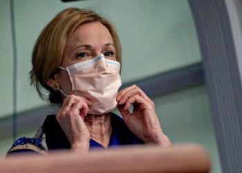 Deborah Birx, una de las líderes de grupo de trabajo de la Casa Blanca contra el coronavirus. Foto: Andrew Harrer / EFE.