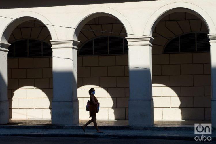 La Habana y Ciego de Ávila, únicas provincias que reportaron casos de coronavirus hoy en Cuba. Foto: Otmaro Rodríguez.