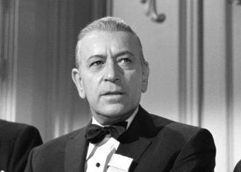 """El actor George Ratf en el papel de Spats Colombo en el filme """"Algunos prefieren quemarse"""" (1959). Foto: Archivo."""