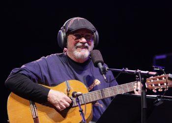 Silvio Rodríguez durante un concierto en Central Park, Nueva York, en septiembre de 2017. Foto: Gabriel Guerra Bianchini / Archivo.