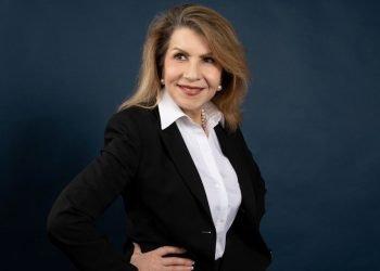 Nacida en Cuba en 1955, Carmen Reinhart es una de las economistas de mayor prestigio en la gestión de crisis internacionales financieras y de deuda. Foto: clarin.com