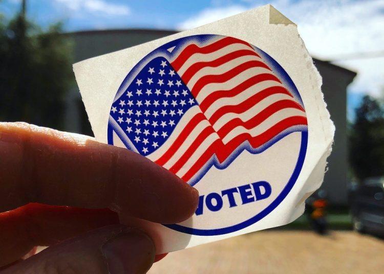 Estampilla que se entrega en Florida al elector después de ejercer el voto. Foto: Archivo.