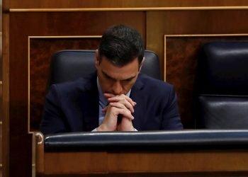 El presidente del Gobierno, Pedro Sánchez durante el pleno del Congreso este miércoles donde se debe autorizar otra prórroga del estado de alarma solicitada por el Gobierno. Foto: EFE/J.J. Guillén POOL