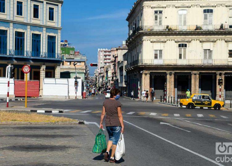 El número de víctimas fatales causadas por la Covid-19en Cuba es de 78. Los contagios suman mil 804. La Habana es la provincia con mayor número de casos. Foto: Otmaro Rodríguez.