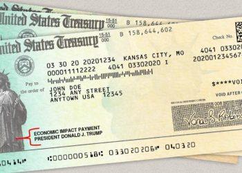 Cheques del Departamento del Tesoro de EE.UU. de ayuda a las personas afectadas por el coronavirus. Foto: aarp.org