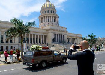 El último adiós a Rosita Fornés de su pueblo en el Teatro Martí,  La Habana.Foto: Otmaro Rodríguez