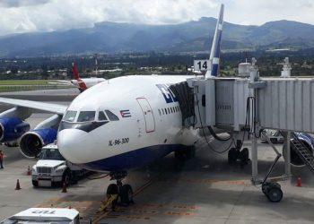Vuelo de repatriación Cuba-Ecuador y Ecuador-Cuba. Foto: Sinai Céspedes.