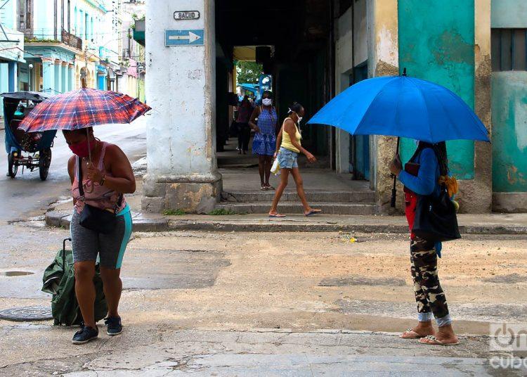 Los 15 contagios informados hoy fueron identificados en La Habana. 11 provincias de Cuba, y el municipio especial Isla de la Juventud, no reportan nuevos casos desde hace dos semanas. Foto: Otmaro Rodríguez