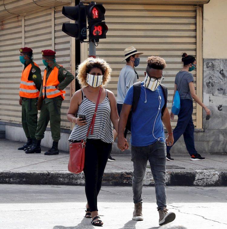 Por cuarto día consecutivo el país no reporta muertes por el nuevo coronavirus. Hoy, un paciente en estado crítico y cuatro en estado grave. Foto: Yander Zamora/EFE