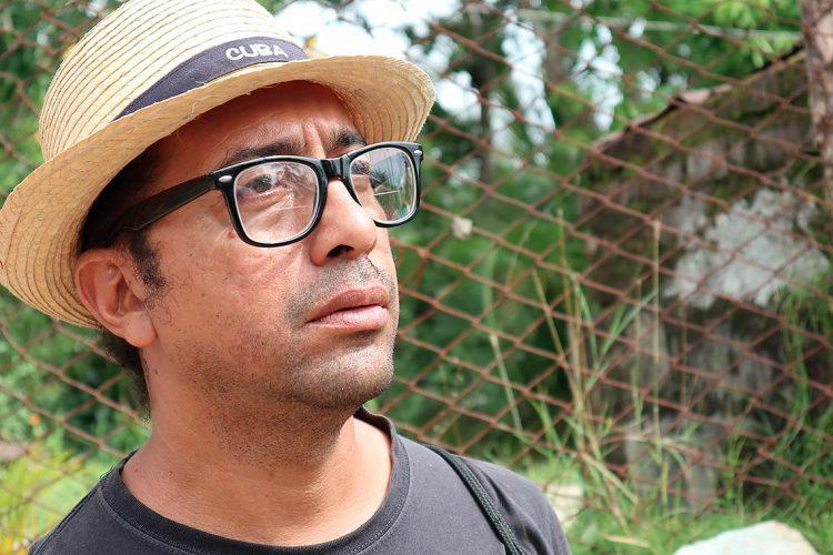 El periodista, escritor y realizador radial santiaguero Rogelio Ramos Domínguez. Foto: Cortesía del entrevistado.