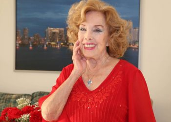La gran vedette cubana Rosita Fornés. Foto: el Nuevo Herald / Archivo.