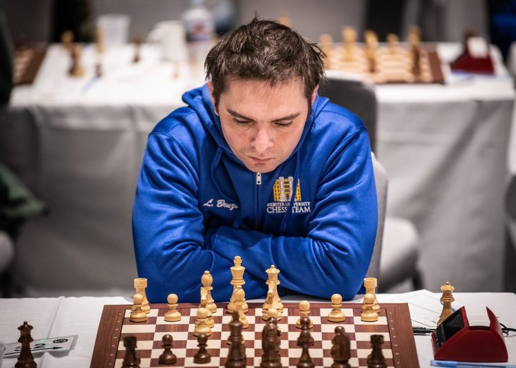 Lázaro Bruzón como segundo tablero del equipo de ajedrez de Webster University. Foto: BayAreaChess