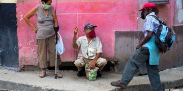 En abril, los expertos de Naciones Unidas pidieron a Estados Unidos que levante el embargo impuesto a Cuba desde hace seis décadas, señalando que obstruye la respuesta humanitaria que la isla necesita para luchar contra la pandemia de Covid-19. Foto: Otmaro Rodríguez.