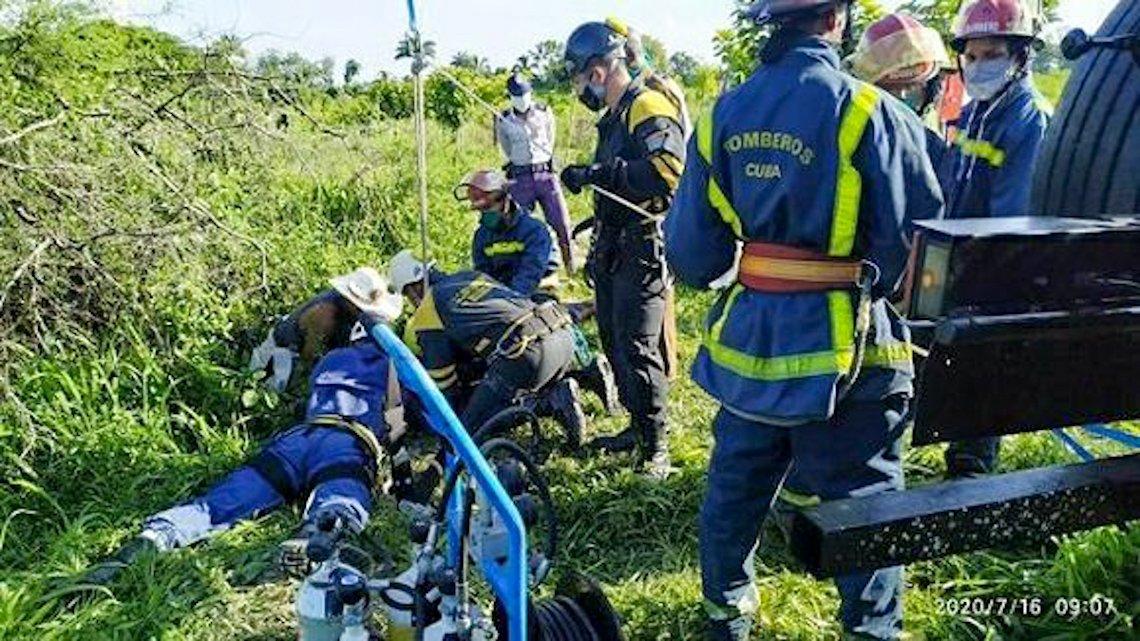 Operación de extracción del niño. Foto: Tribuna de La Habana.