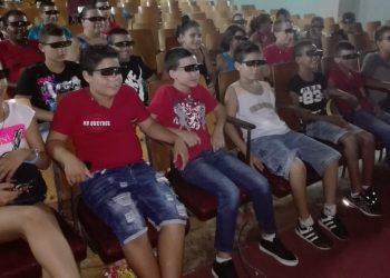 El 3D es una de las tecnologías de moda en las salas de cine de Cuba. Foto: desdeelvallecubiteño.wordpress