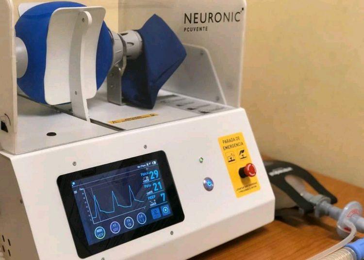 Ventiladores pulmonares producidos en Cuba. Foto: página de Facebook del Centro de Neurociencias de Cuba.