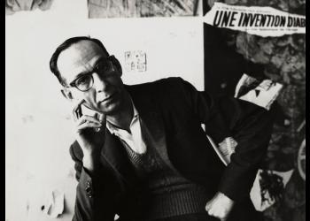 Virgilio Piñera en 1964. Foto: Ida Kar, National Portrait Gallery, London