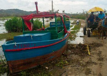 Inundaciones costeras en Ciego de Ávila. Foto: invasor.cu