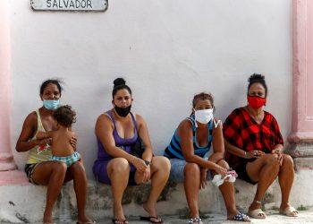 Doce de las 15 provincias cubanas reportaron casos de COVID-19 hoy, entre casos autóctonos e importados. Foto: Yander Zamora/EFE.