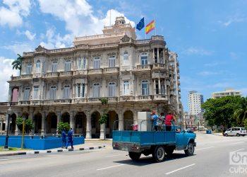 Vista de la embajada de España en La Habana. Foto: Otmaro Rodríguez