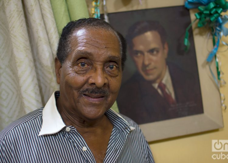La casa de Huberal Herrera se encuentra llena de recuerdos de Ernesto Lecuona. Foto: Otmaro Rodríguez.