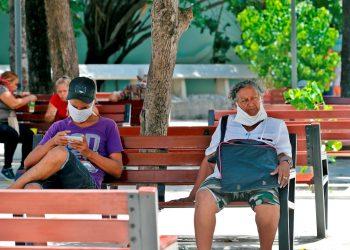 Los 56 contagios  corresponden a La Habana, Artemisa, Villa Clara, Pinar del Río y Santiago de Cuba. Foto: Ernesto Mastrascusa/EFE