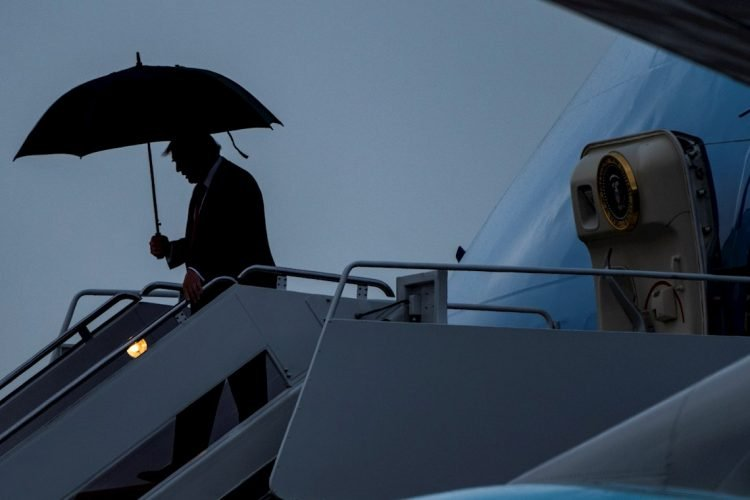 El presidente Trump regresa a Washington DC el viernes por la noche tras una visita a Miami. Foto: EFE.