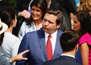 El gobernador de Florida, Ron DeSantis, en una ceremonia en la Casa Blanca, la semana pasada.   EFE