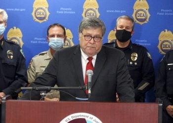 El secretario de Justicia de Estados Unidos, William Barr, habla en una conferencia en Phoenix el 10 de septiembre. Foto: Bob Christie/AP.