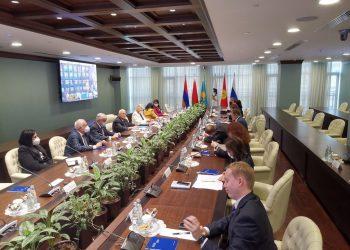 Diálogo entre Cuba y la Unión Económica Euroasiática, durante la visita a Moscú del viceprimer ministro cubano Ricardo Cabrisas, en septiembre de 2020. Foto: @AnaTeresitaGF / Twitter.