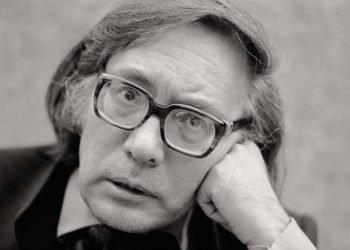 El escritor madrileño Francisco Umbral, Premio Cervantes en el 2000. Foto: hyperbole.es