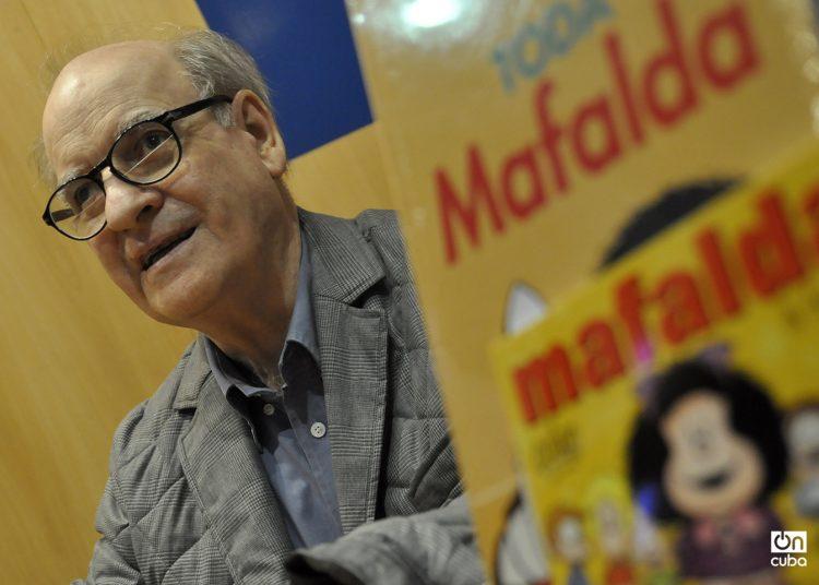 Quino en la Feria Internacional del Libro de Buenos Aires, 2013. Foto: Kaloian Santos Cabrera.