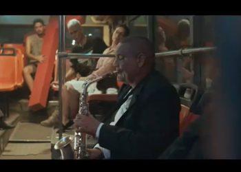 """Fotograma del videoclip a la canción de Ángel Bonne """"Es tan Fácil""""; director: Joseph Ros"""