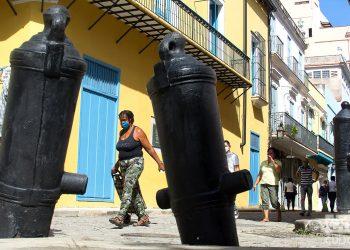 A 73 cubanos y tres extranjeros corresponden los nuevos contagios de hoy. Foto: Otmaro Rodríguez
