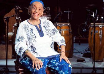 La legendaria cantante cubana Omara Portuondo celebra sus 90 años. Foto: @OmaraPortuondo / Twitter.