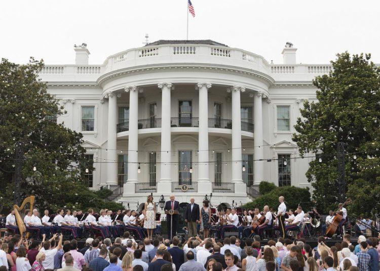 Una fiesta en los jardines de la Casa Blanca. | Foto: Casa Blanca.