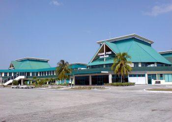 Aeropuerto Internacional Frank País, de Holguín, en el oriente de Cuba. Foto: Mapio.net / Archivo.