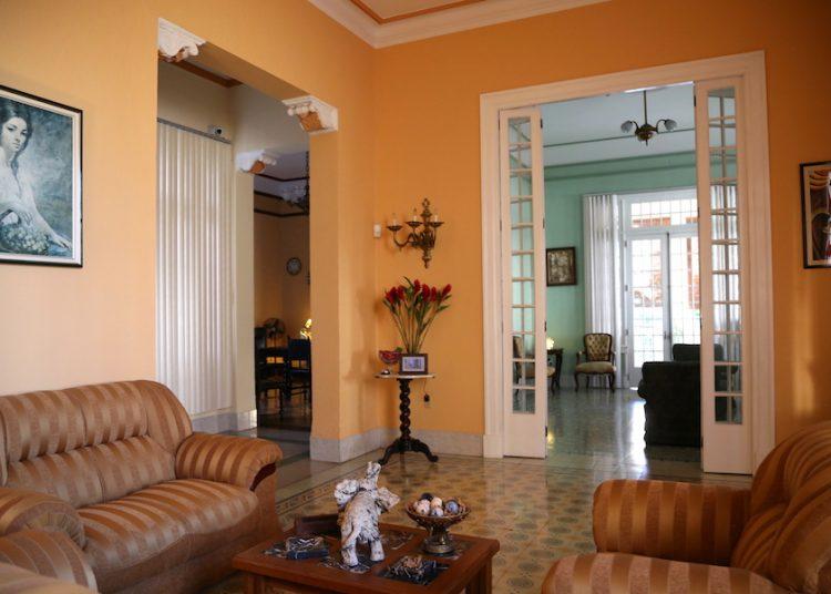 Una casa de alquiler en La Habana, Cuba, promovida por Airbnb en su sitio. | Foto: Airbnb