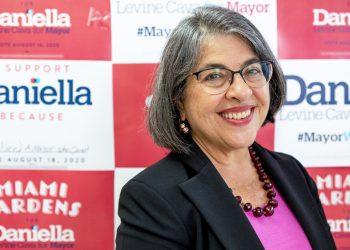 La nueva alcaldesa de Miami-Dade, Daniella Levine-Cava.   Foto de campaña.