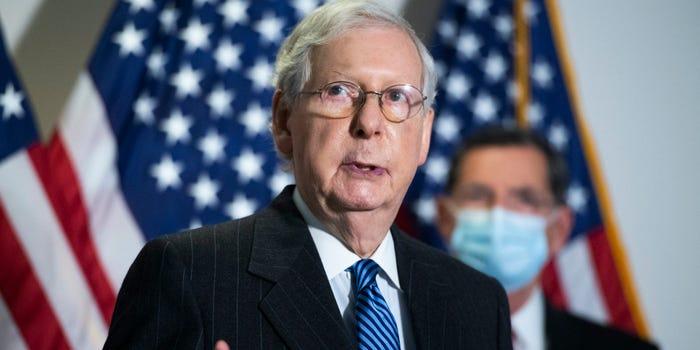 El líder de la mayoría en el Senado, Mitch McConnell. Foto: Bussines Insider.