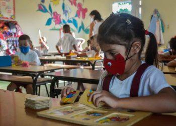 Reinicio de las clases en Cuba tras la entrada en la etapa recupertiva de la COVID-19. Foto: larazon.es / Archivo.