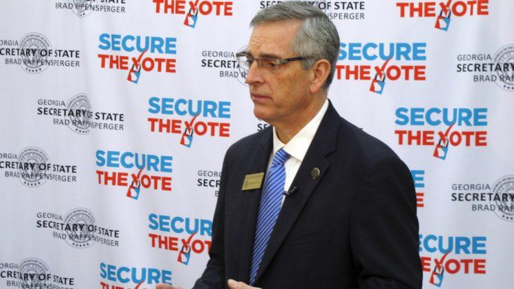 El secretario de Estado de Georgia, el republicano Brad Raffensperger. Foto: Fox 17.