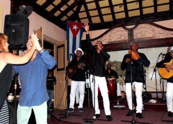 El Septeto Santiaguero en la Casa de la Trova en Santiago de Cuba. Foto: sitio oficial del grupo.